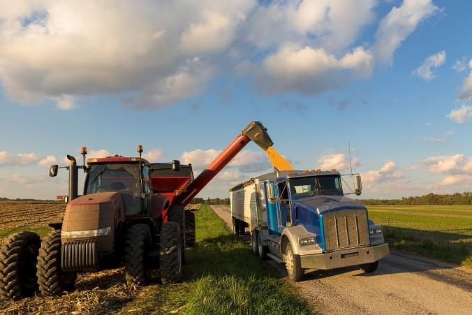 HIRING FARM TRUCKERS